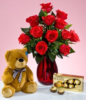 12 Red Roses Vase Teddy Chocolates