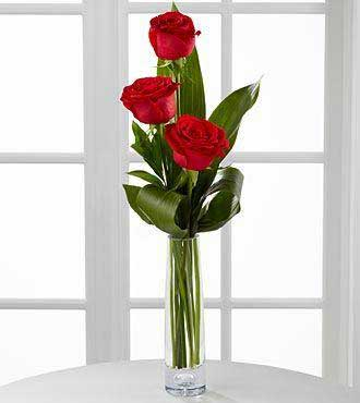 Explicit Love – 3 Red Roses in Glass Vase for Gift Delivery